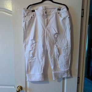 Like New... White Lane Bryant Capris